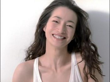 女優・りょうの旦那が作るお弁当が話題に!TOSHI-LOWとの馴れ初めは?