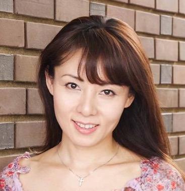 鮎川麻弥は夫と結婚してる?現在も独身なのか?